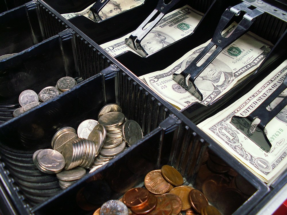 How Retail Cash Capture Will Grow Your Bank